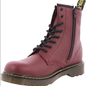 Dr. Martens Youth Delaney Cherry Boots US 2